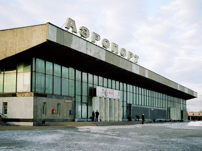 Здание аэровокзала Иркутск
