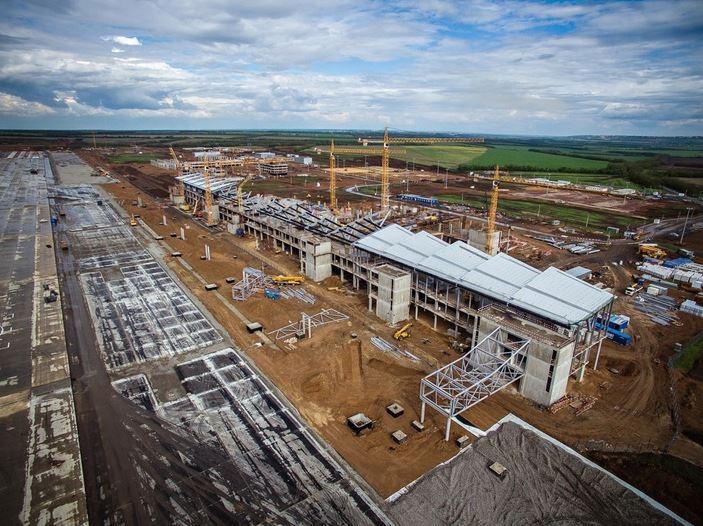Строительство международного аэропорта Платов