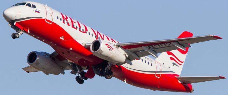 Самолёт российской авиационной компании Ред Вингс