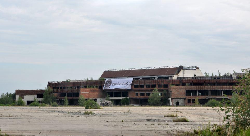 Недостроенный аэропорт Омск-Фёдоровка за городской чертой