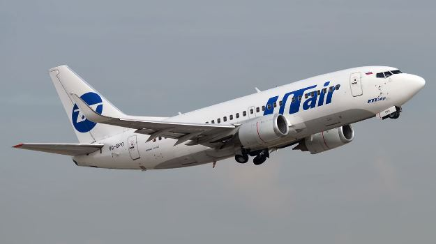 Самолёт российской авиационной компании ЮТэйр